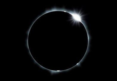 Nézd élőben az amerikai napfogyatkozást!